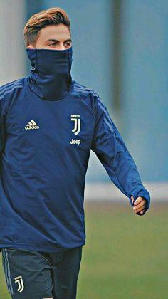 Paulo Dybala Juventus : Paulo Dybala na treningu Juventusu Juventus Fc, Juventus Soccer, Juventus Players, Cristiano Ronaldo Juventus, Neymar, Messi, Football Players Images, Best Football Players, Football Pictures