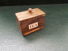 1/12th Scale...Dolls House...Old Style Tea Caddy.