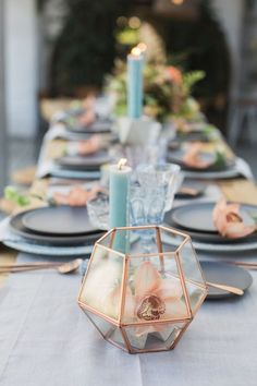 Tuscany Silver Table Runner with Ballard Indigo Napkins / http://www.deerpearlflowers.com/dusty-blue-and-copper-wedding-color-ideas/