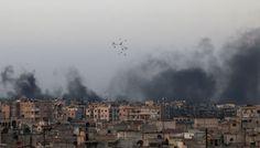 Syrie : Washington demande la fin des bombardements sur Alep, des habitants fuient l'enfer