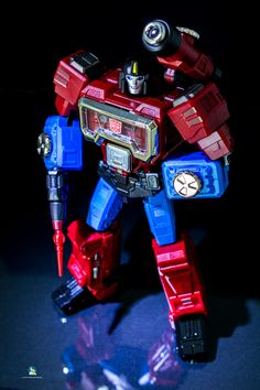 Transformers Characters, Transformers Action Figures, Transformers Toys, Transformers Cybertron, Transformers Masterpiece, Strange Things, Cartoon Pics, Third Party, Black Ops