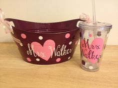 Gift+set++Personalized+oval+tub+and+matching+acrylic+by+DeLaDesign,+$24.00