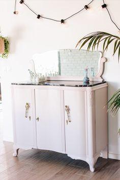 Déco : le buffet à miroir chiné relooké - Zess.fr // Lifestyle . mode . déco . maman . DIY