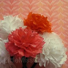 Carnation tissue paper flowers…this site has other cool flowers/crafts to make… - Modern Tissue Paper Flowers, Paper Roses, Fabric Flowers, Wax Paper Crafts, Diy Paper, Vbs Crafts, Crafts To Make, How To Make Paper Flowers, Paper Flower Tutorial