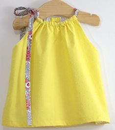New baby dress diy summer 44 Ideas New Baby Dress, Baby Summer Dresses, Dresses Kids Girl, Kids Outfits, Dress Summer, Baby Outfits, Outfits Niños, Summer Girls, Trendy Baby Clothes