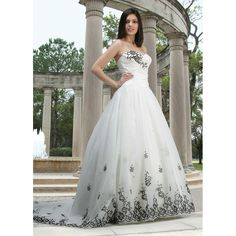 Sweetheart Strapless White Wedding Gown Dress with Black Appliques Accents