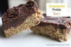 These Homemade Protein Bars are sugar, soy, gluten, dairy and egg-free, but loaded with yumminess! Stop spending a fortune on store-bought bars and make your own :)!