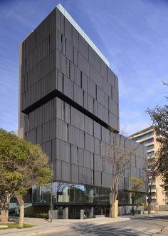 El Coihue Building / Estudio Larrain / Alonso de Córdova 3827, Vitacura, Región Metropolitana de Santiago, Chile