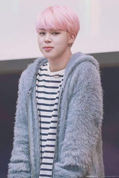 I live Jimin in pink hair