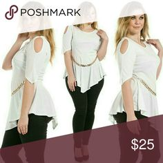 LAST ONE MATK DOWNPlus size.top with gold.chain 2x Last one Sale Plus size.top with gold.chain 2x Tops