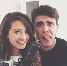 Zalfie!! Did you see the article on them on the J-14 website lately? They were couple of the week :)