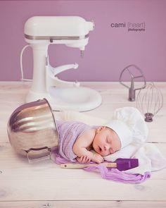 Baker baby. Best newborn picture ever, baby in a mixing bowl with chefs hat and spatula. Perfect for baker moms. Cami Heart Photography. Whisk Me Away Cake.