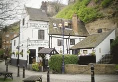 The oldest inn in England served brew to the crusaders. Nottingham Pubs, Nottingham Castle, Nottingham Caves, British Pub, British Isles, City Pub, Wales, Grande Hotel, Best Pubs