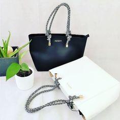 Η αγαπημένη τσάντα της Sushi για όλες τις εποχές και όλες τις καθημερινές περιστάσεις: γραφείο, βόλτα, σχολή! Δείτε όλη τη συλλογή με τσάντες: www.sushiscloset.gr  #sushiscloset #sushis_closet #lovebags #blacknwhite #μενουμεελλαδααγοραζουμεελληνικα Bags, Fashion, Handbags, Moda, Fashion Styles, Fashion Illustrations, Bag, Totes, Hand Bags