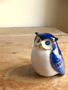 Blue and White Porcelain Owl Figure by vommeervintage on Etsy, $15.00 I usually do not like knick knacks but this little guy is so cute. I'm going to make an exception!