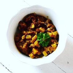 Oh en deze staat al online! Check it out!  #curry #recept #curryrecept #veggie #veggies #chicken #healthy #healthyfood #foodphotography #foodpics #foodblog #foodie #purefoodie #prettyfood