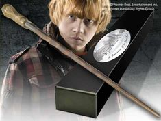 The wand of Ron Weasley™ Product Detail
