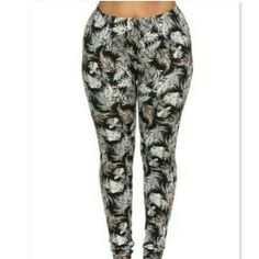 Feather leggings bundle Brand new size 3xl/4xl, polyester and spandex material, white brown and black color, very soft and stretchy, 1,faux leather leggings size 3xl Pants Leggings