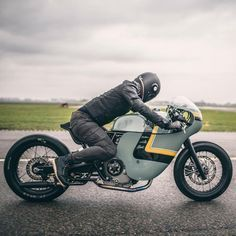 """Mi piace"": 6,551, commenti: 8 - CAFE RACER | caferacergram (@caferacergram) su Instagram: ""Introducing the @hermanus_bruges Hermanus Sprint Racer Ducati (based on original build by…"""