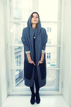 Płaszcz Black Pockets unisex LXL (proj. DRESS CODE)