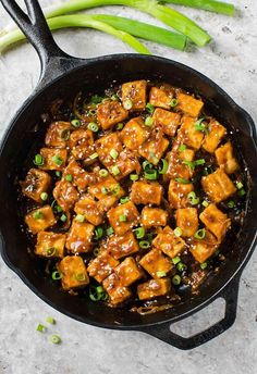 Extremely flavorful, Asian chili garlic tofu stir-fry in just 30 minutes! A perfect meatless dish you can prepare for lunch or dinner. #tofu #vegan #meatless #asian
