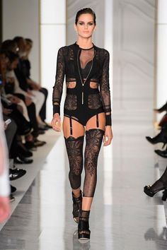 a2368840d La Perla catwalk at Paris Haute Couture Fashion Week 2015 Naomi Campbell