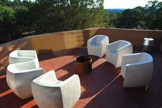 Curved Van Dyke Chair | BOXHILL — Boxhill & Co., LLC Concrete Outdoor Furniture, Pool Furniture, Best Outdoor Furniture, Rustic Furniture, Antique Furniture, Modern Furniture, Furniture Ideas, Luxury Furniture, Pallet Furniture