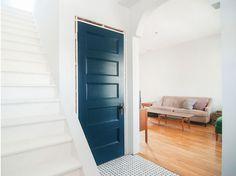 Porte couleur foncée