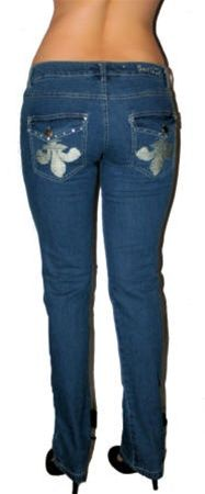 These blue denim low rise jeans have embroidered upside down fleur delis on the back pockets and are stretchy. Size 7 has a 31.5 inseam and 32 inch waist. Fabric is cotton/poly/spandex. Free ship in U.S.A. Straight leg jean. Skinny style Fleur De Les 5 pocket jeans.