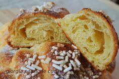 I croissant sono difficili da fare... ma se unissimo le nostre forze? Aggiungetevi a noi, domenica 19 ottobre per pappare tutti delle fragranti brioche!