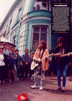 Jon Bon Jovi and Richie Sambora in Moscow 1989 @marceloalberian | Tumblr