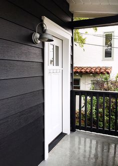 The Perfect Paint Schemes for House Exterior | Benjamin moore ...