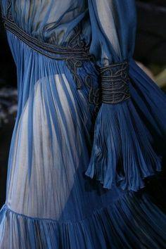 Roberto Cavalli Fall 2016  Blue dress details