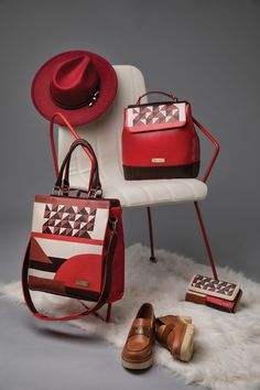Get ready for the most fashion journey back in time with the new Post Retro collection! Check Doca's new collection 👉 👉 www. Retro Fashion, Retro Vintage, 18th, Campaign, Journey, Chair, Collection, Recliner, Vintage Fashion