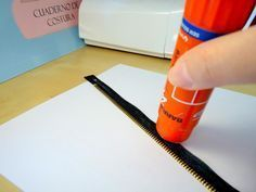 ¡Truco para poner cremalleras perfectas! | Aprender manualidades es facilisimo.com