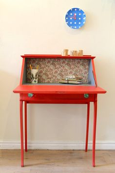 Coral secretary desk via poppyseedliving. Love the decoupage and different color paint on the inside Decor, Furniture, Painted Desk, Furniture Projects, Diy Furniture, Painted Furniture, Furniture Restoration, Redo Furniture, Refinishing Furniture