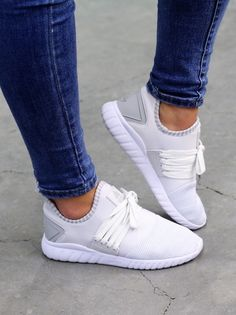Asfvlt Area Low We are in ♥ Street Chic, Cloud, Adidas Sneakers, Inspiration, Women, Fashion, Biblical Inspiration, Moda, Women's