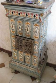 Foyers, Keep Warm, Decorative Boxes, Alsace, Stoves, Home Decor, Wood Stoves, Restoration, Fire