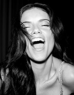 eau-gold: senyahearts: Adriana Lima prefect
