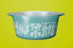 Pining for Pyrex: The Latest Midcentury Collectible A previously vintage-averse writer falls under the midcentury spell of the longtime kitchen staple's mellow colors and endearing patterns. Plus: A guide to 9 key motifs