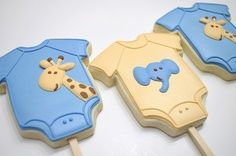 Baby shirt cookie pops