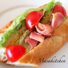 Avocado&bacon sandwich