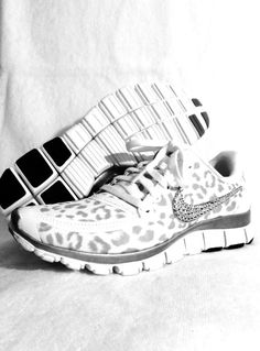 Nike Free Run 5.0 with Swarovski crystal by HarrietHazelDesigns. All i can say is ooooooohhhh my god!!!!!! I need these