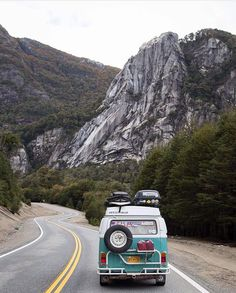 A kombi road trip is on my bucket list along with living in California. , A kombi street journey is on my bucket listing together with residing in California. A kombi street journey is on my bucket listing together with resi. Van Life, Wolkswagen Van, Belle Image Nature, The Places Youll Go, Places To Visit, Roadtrip, Road Trippin, Adventure Is Out There, Travel Goals
