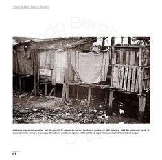 Casa sobre palafitas na Favela da Maré em 1971