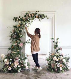 Ideas For Wedding Reception Decorations Backdrops Flower Deco Floral, Floral Arch, Floral Backdrop, Backdrop Ideas, Backdrop Design, Floral Design, Floral Wedding, Rustic Wedding, Wedding Flowers