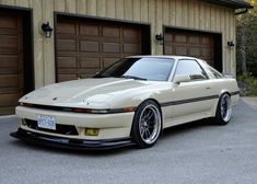 Very clean Mk3 / MA70 Supra... Would love to have a 5 speed turbo... Not sure if Nichelle would approve!