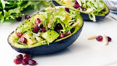 Avocado and Pomegranate Frisée Salad. Serve it up in the avocado shell for an extra-special presentation. Spinach Nutrition Facts, Strawberry Nutrition Facts, Nutrition Bars, Avocado Salad, Avocado Egg, Healthy Salad Recipes, Healthy Snacks, Pomegranate Salad, Spring Salad
