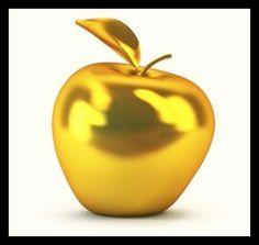 "Mythology: ""The Golden Apple of Discord"" / Poetry: ""Who is The Fairest?"", by Christy Birmingham .- | La Audacia de Aquiles"