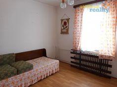 http://www.oblibenereality.cz/reality/prodej-rodinny-dum-4-kk-s-garazi-hradec-kralove-masovice-1037